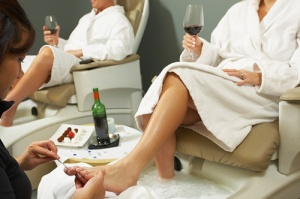 No one, regardless of their weight, should miss out on the joy of a pedicure!