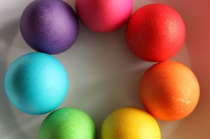 Dyeing boiled eggs with food colouring is a healthy alternative to the chocolate varieties!