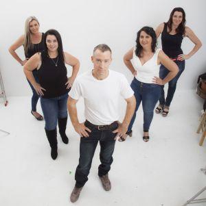 Ipswich Slimmers from L-R: Kerry, Lisa, Gavin, Yvonne & Julie